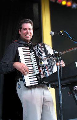 Tom Brusky - Wikipedia