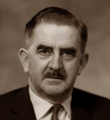 Herbert Bowden 1965.jpg