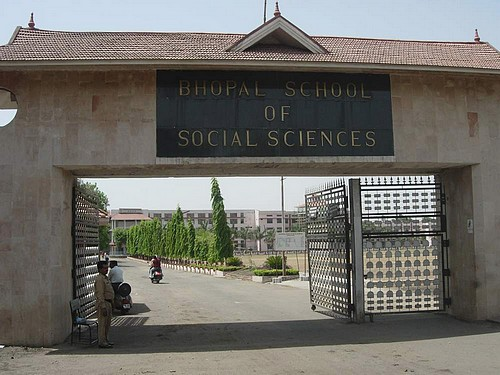 Bhopal School Of Social Sciences Wikipedia