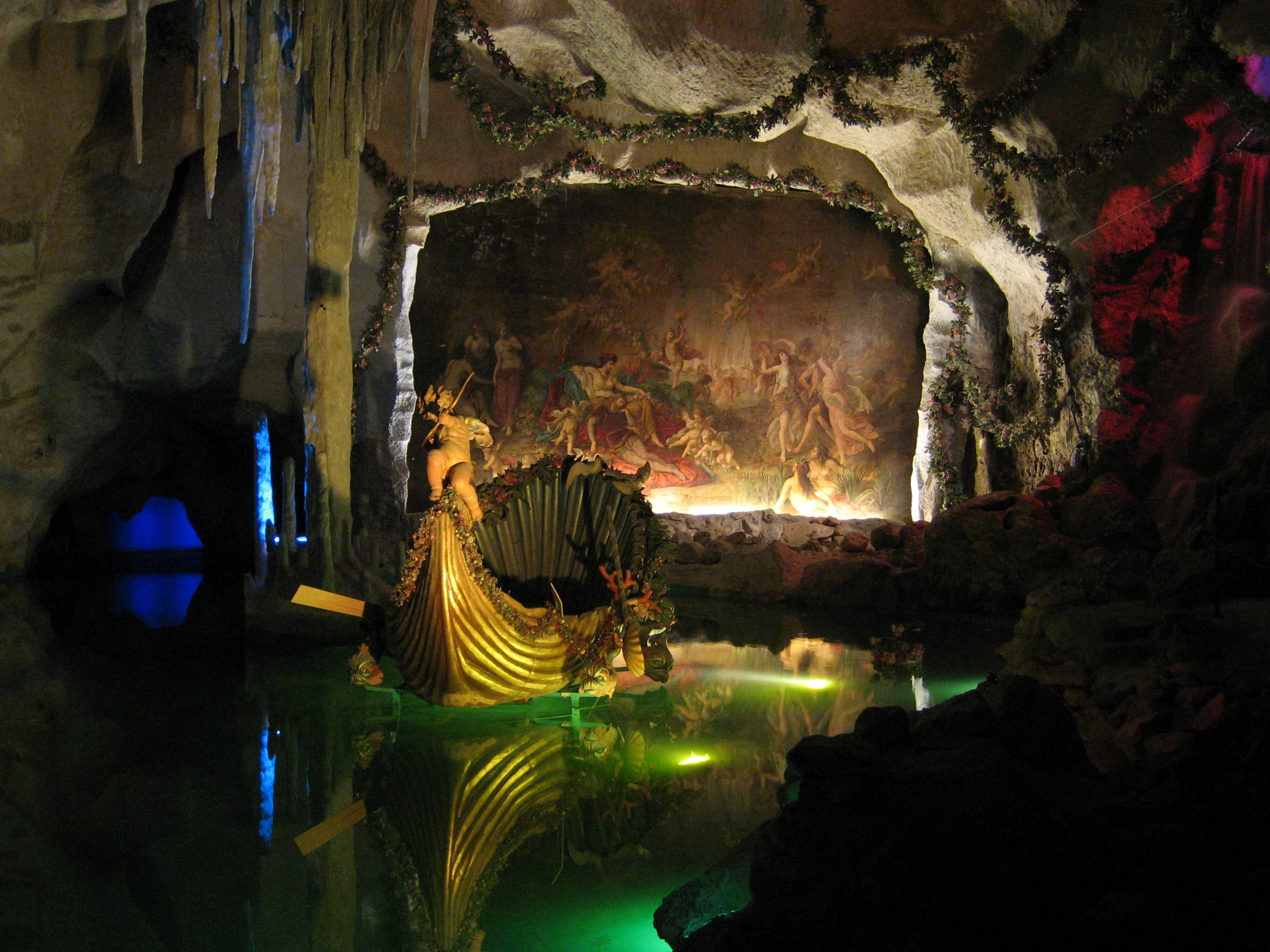 grottoes single guys 2014/10/28 10 top places to go boating in israel jordan river rafting, pedal-boating in the park, cruising the sea of galilee, kayaking in the red sea  the limestone grottoes of rosh hanikra on the mediterranean sea near the lebanon border are one of.