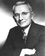 Biography: Dale Carnegie