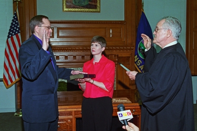 Troy Findley is sworn in as the 48th Lieutenant Governor of Kansas