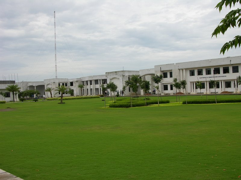 Astronomy top communications college
