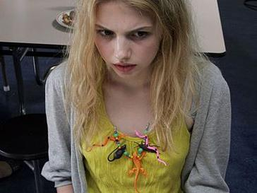 Cassie Ainsworth - Wikipedia