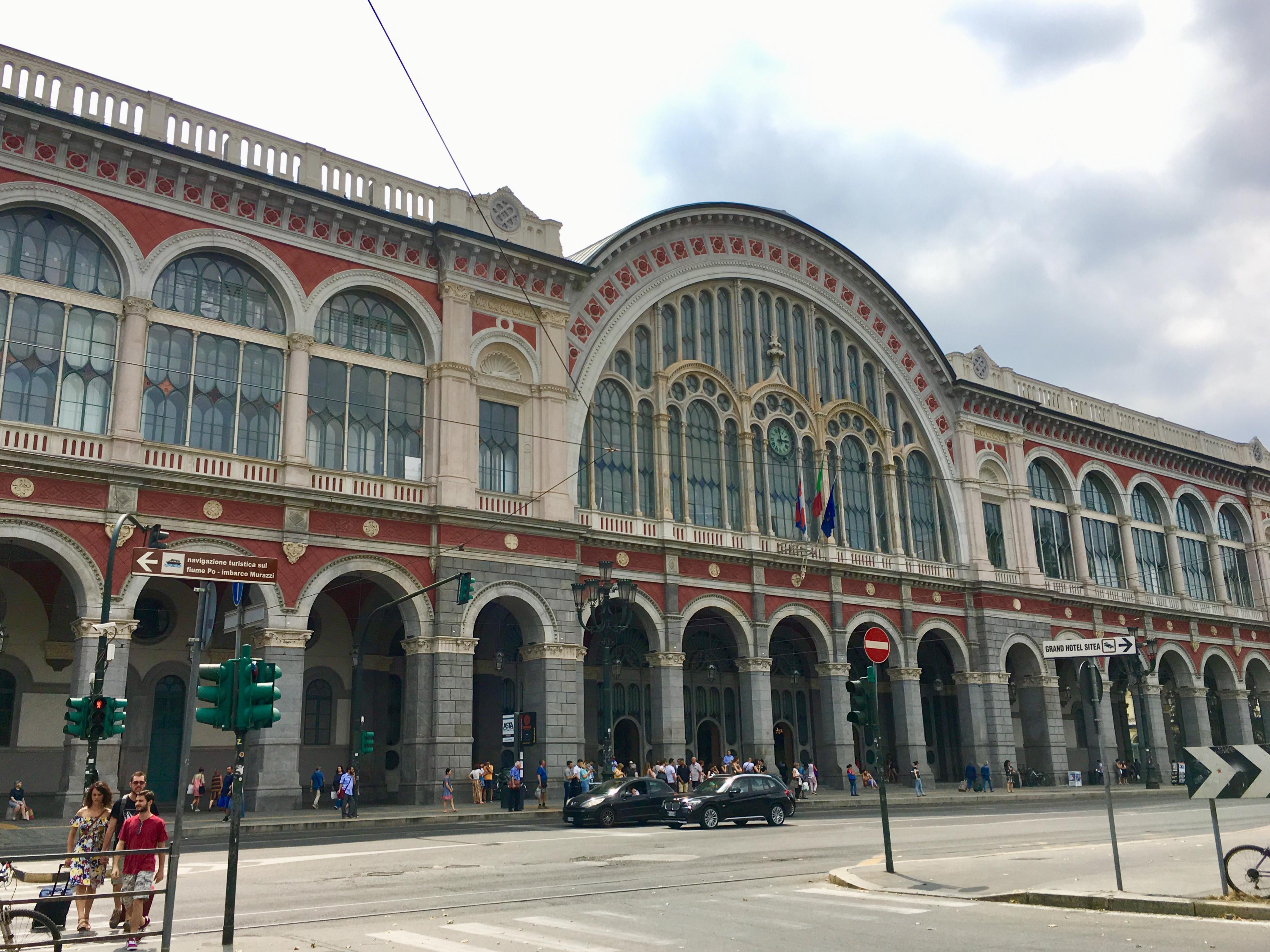File:Porta Nuova Station Turin.jpg - Wikipedia