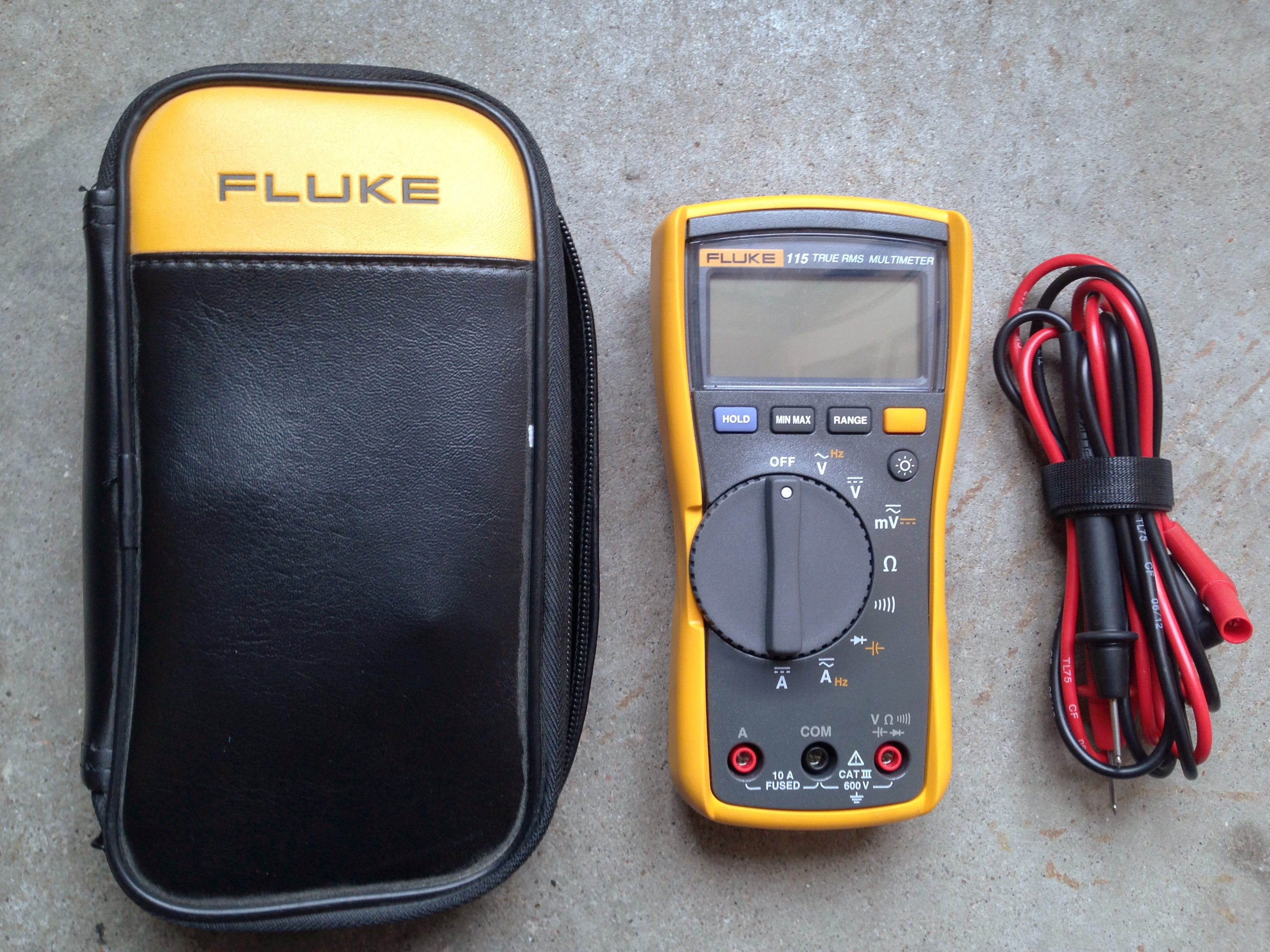 Fluke 115 Multimeter : File fluke multimeter with case and leads g wikipedia