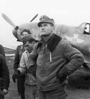 Mato Dukovac with aircraft.jpg