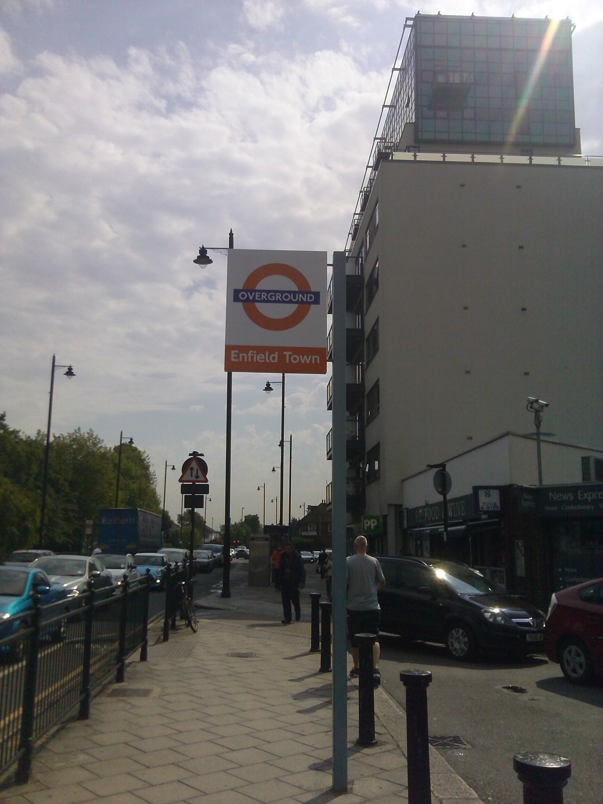 Enfield Town Overground File:exterior Enfield Town