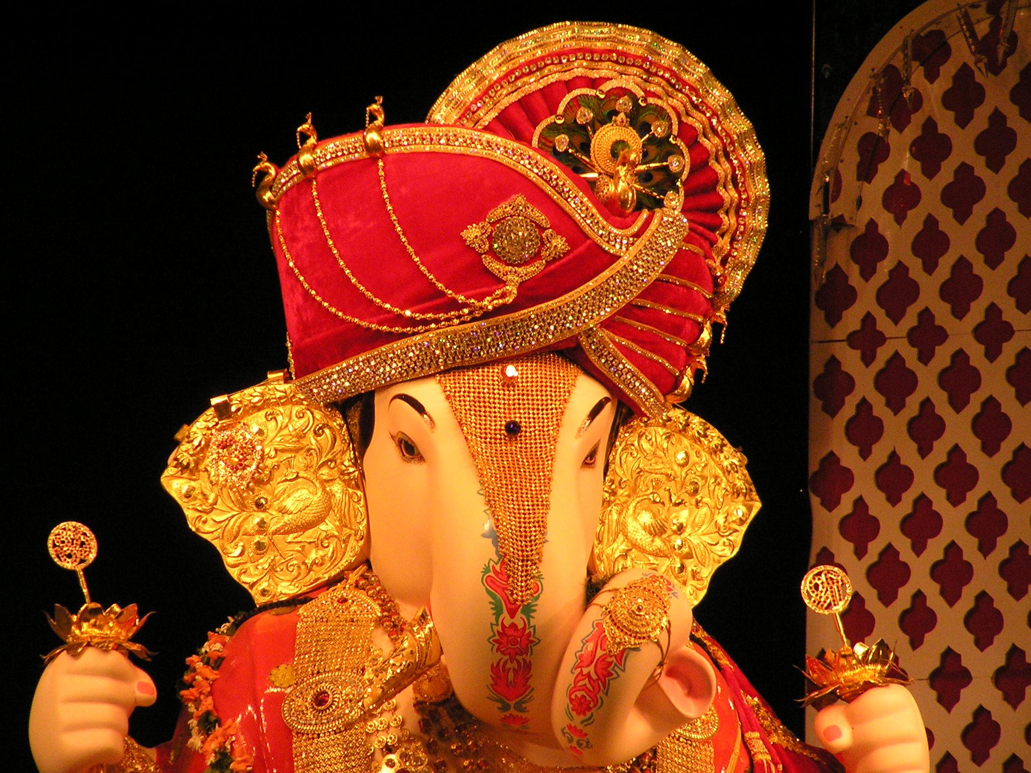Photoes of ganpati decoration com joy studio design for Decoration com