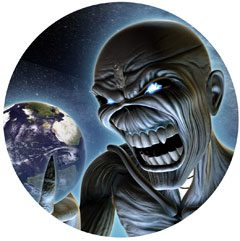 Titelbild des Gesangs Different World von Iron Maiden