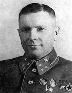 Soviet officer (1900-1942)