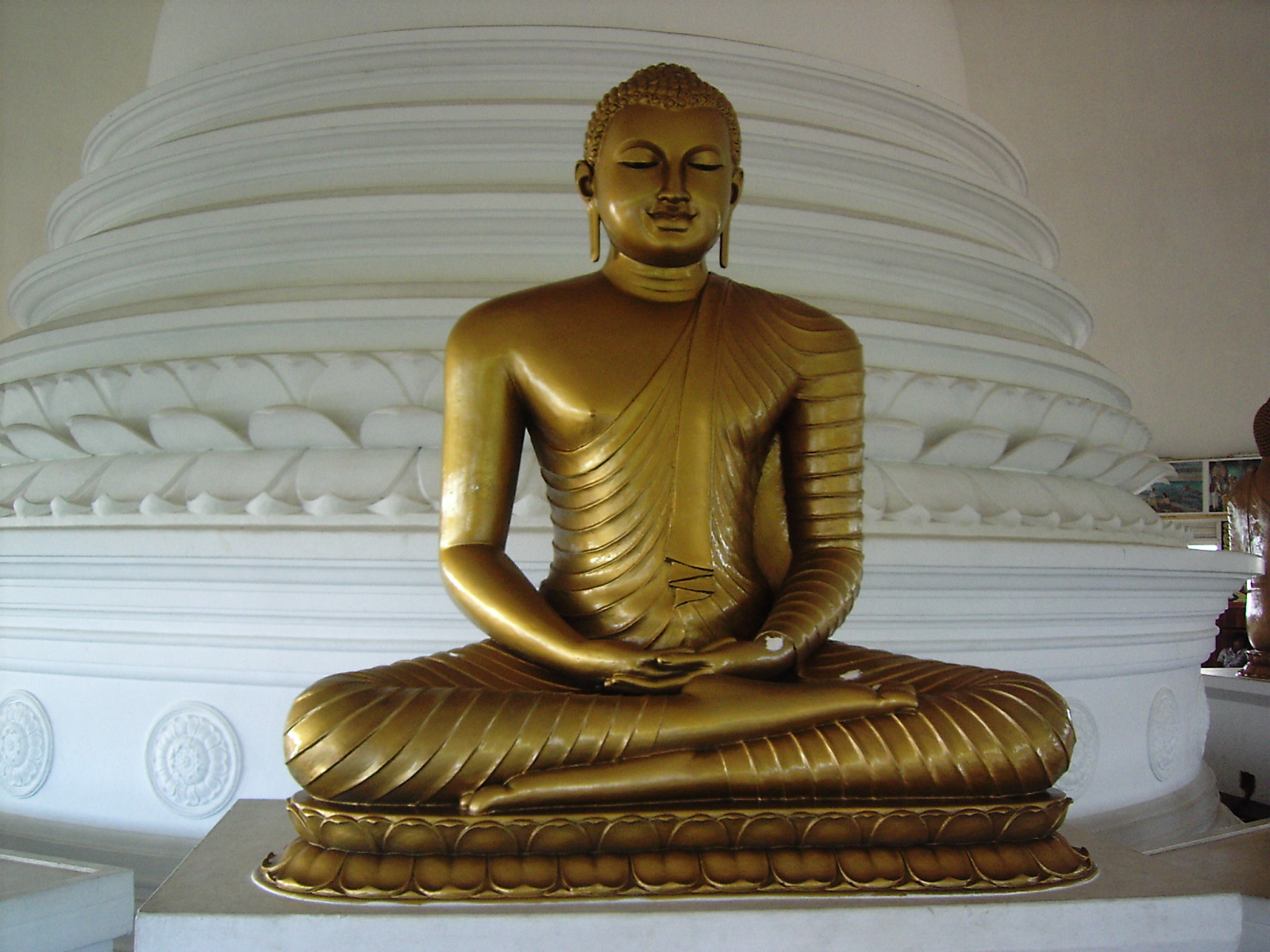 short essay on lord buddha