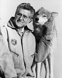 Erich Klinghammer Founder of Wolf Park, Professor emeritus at Purdue University, known for pioneering wolf behaviour research.