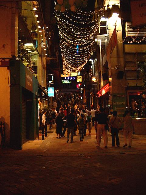 File:Lan kwai fong at night.jpg - Wikipedia, the free encyclopedia