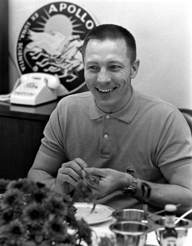 Jack Swigert - Wikipedia