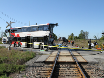 2013 Ottawa bus-train crash