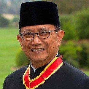 Nadjib Riphat Kesoema