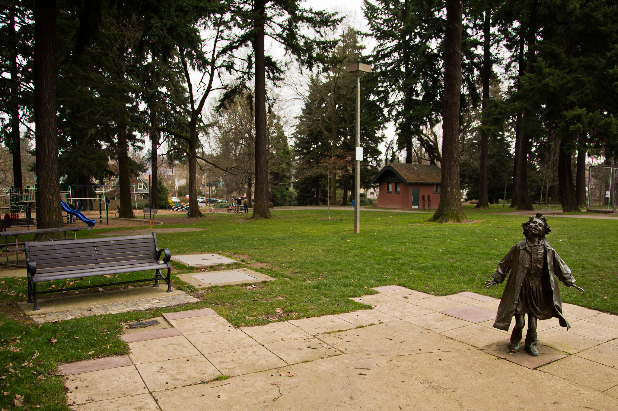 File grant park portland or february wikipedia for Garden statues portland oregon