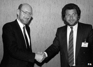 Clive Sinclair sold the brand name to Alan Sugar's Amstrad in 1986 Sinclair sale to Amstrad 1986 Sinclair Sugar handshake.jpg