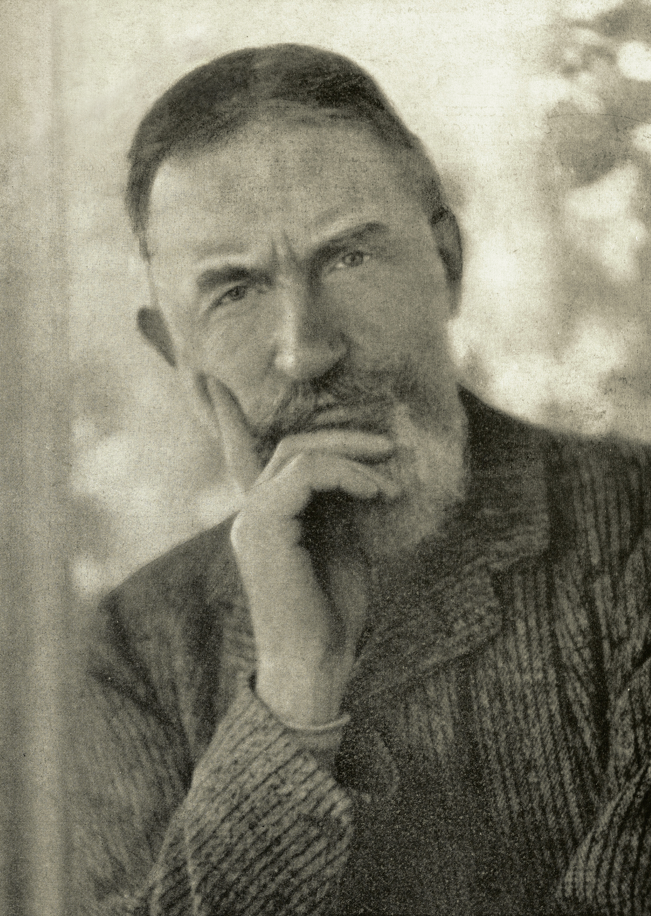 george bernard shaw middle aged man greying hair and full beard