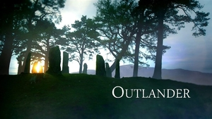 https://upload.wikimedia.org/wikipedia/en/3/31/Outlander_title_card.jpg