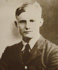 Arthur Banks RAF pilot, recipient of the George Cross