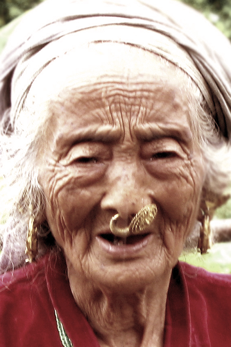 Fileelderly Limbu Woman With Nose Piercing Nepal 2006jpg