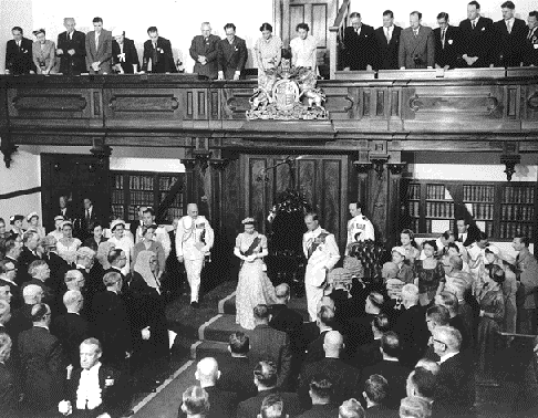 Her Majesty Queen Elizabeth II opening the NSW Parliament on 4 February 1954. Queen opening.png