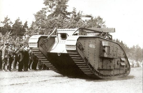File Est Tanks Mark V Wahtula On The Auto Tank Regiment