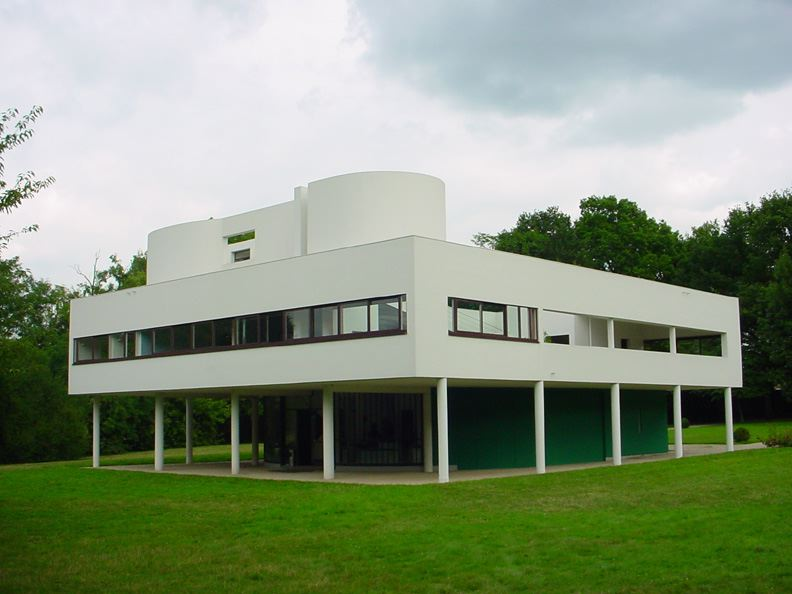 exterior view of Villa Savoye - LeCorbusier
