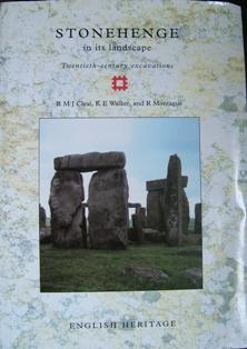 <i>Stonehenge in its landscape</i>