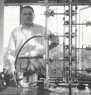 "Inventor Norman L. Dean beside one of his ""Dean drive"" apparatuses. DeanDrive.jpg"