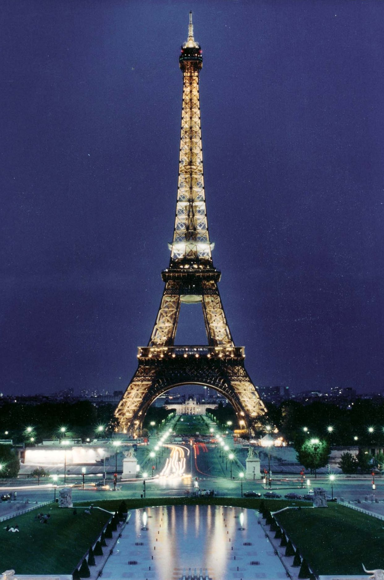 paris france een -#main