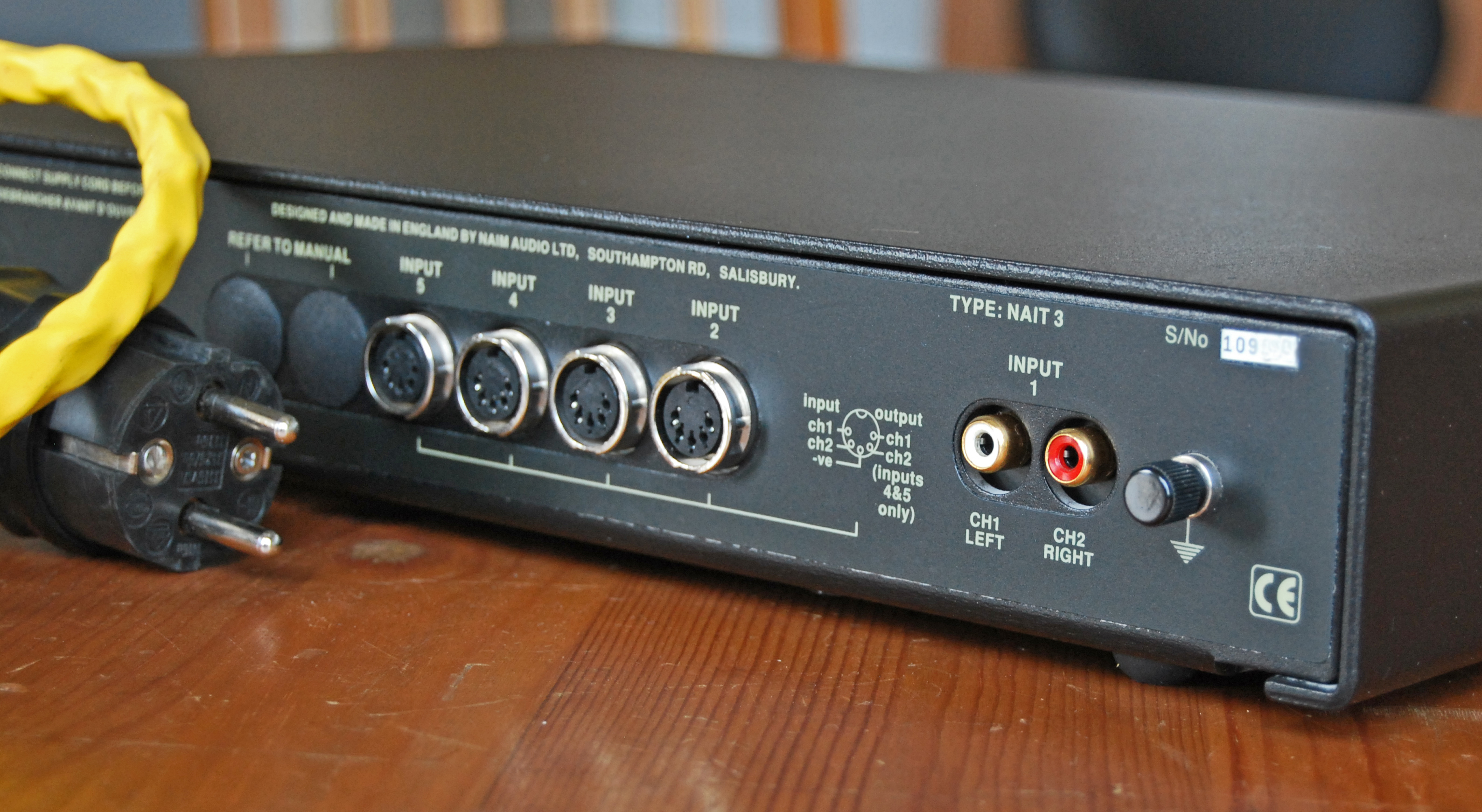Naim Nait Wikipedia Com Circuitdiagram Amplifiercircuit Constitutedbytheina128ac Back Of A 3 Showing The 4 Din Sockets And 1 Pair Rca