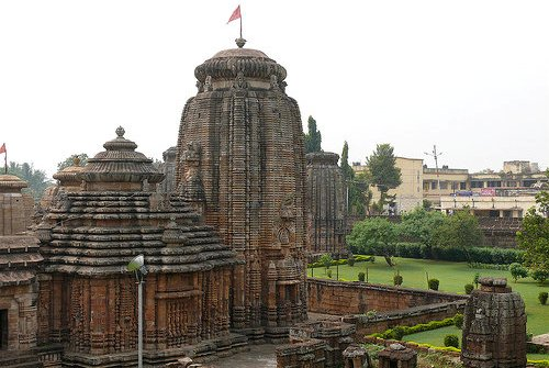 bhubaneswar the city of temples Bhubaneswar city map showing major roads, railways, hotels, hospitals, school, colleges, religious places and important landmarks of bhubaneswar.