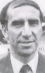 Bob Stokoe English footballer and manager