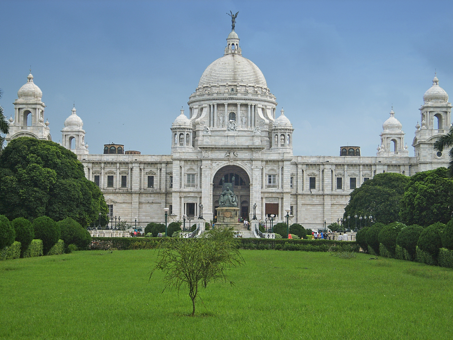 File:Victoria memorial photo by dinesh kapur.jpg - Wikipedia