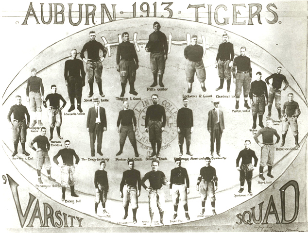 https://upload.wikimedia.org/wikipedia/en/4/47/Auburn_Tigers_football_team_%281913%29.jpg