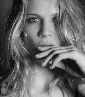 Hayley Marie Kohle Canadian fashion model