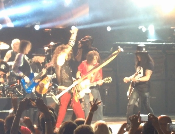 Aerosmith with Slash.jpg