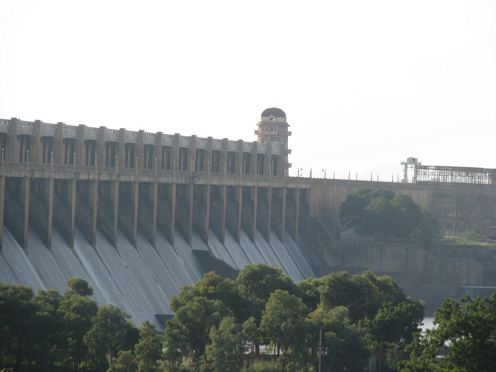 File Tungabhadra Dam Jpg Wikipedia
