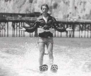 http://upload.wikimedia.org/wikipedia/en/5/51/Fonzie_jumps_the_shark.PNG