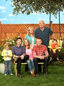 The cast of Good Luck Charlie (The Duncan fami...