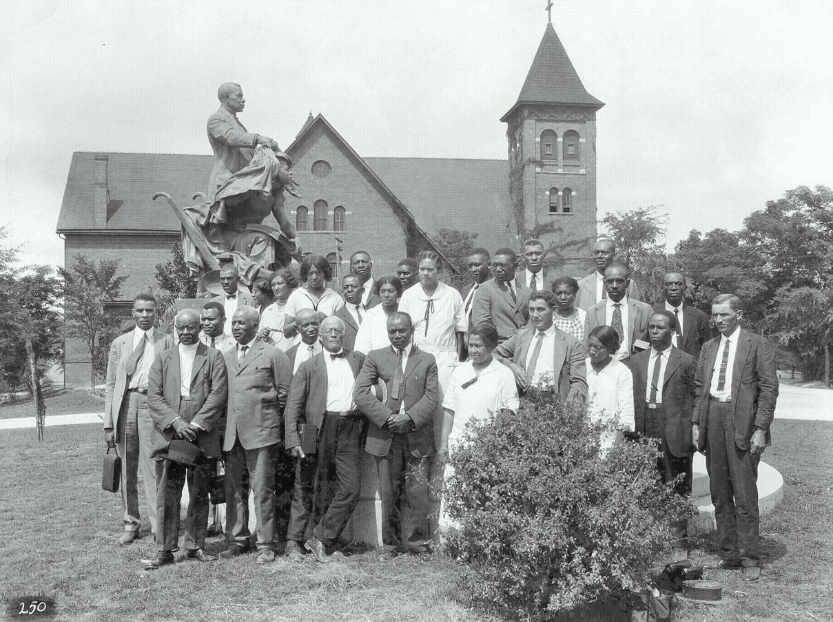 tuskegee institute Founder and first president of tuskegee normal and industrial institute  booker  t washington entered hampton normal and agricultural institute in virginia.