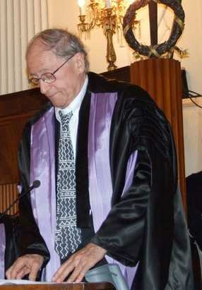 Jean Blondel receiving an honorary degree in Political Sciences from the University of Siena, 9 October 2008