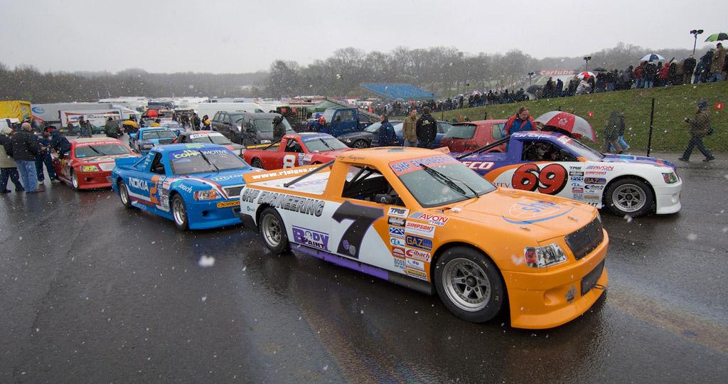 2008 pickup truck racing