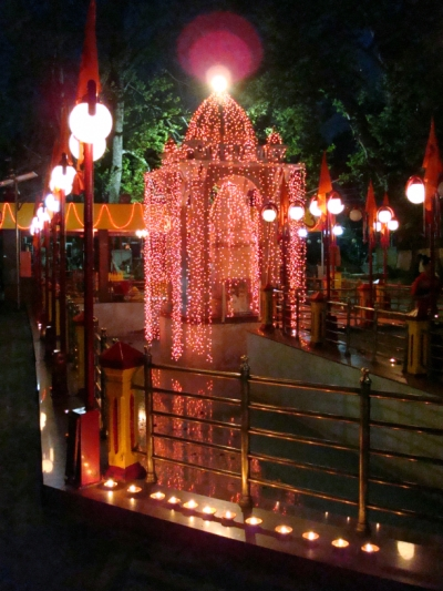 File:Kheer Bhavani nightview.JPG