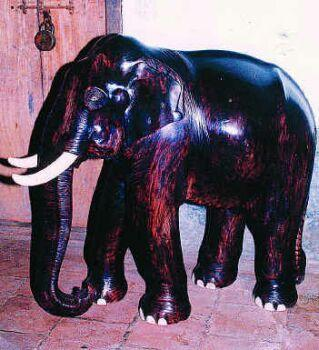 Filewooden Elephant Carved By P Krishnankutty Menonjpg Wikipedia