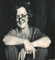 Elizabeth Savage (writer) American writers