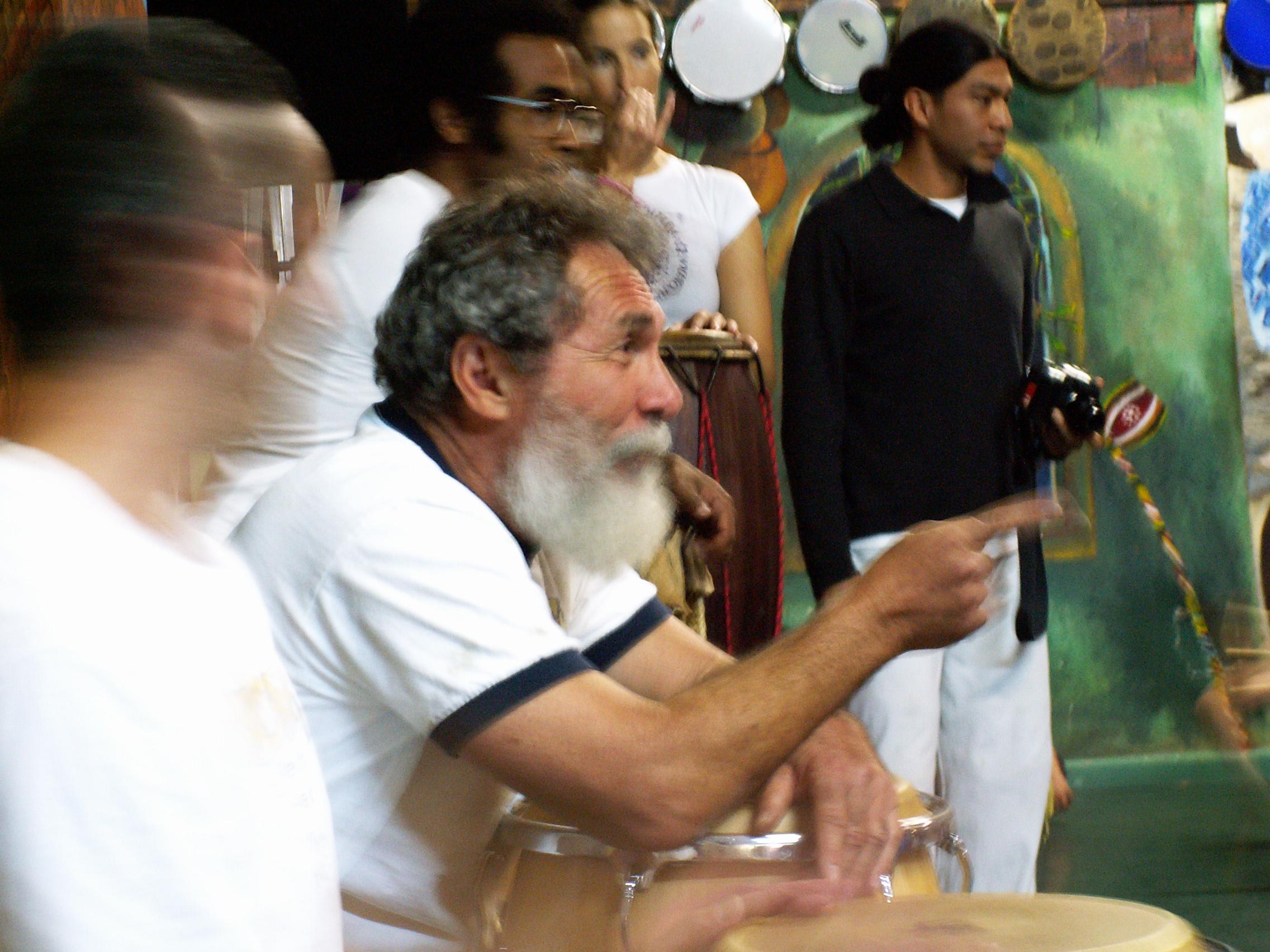 BARRAO BAIXAR MESTRE DE CD CAPOEIRA